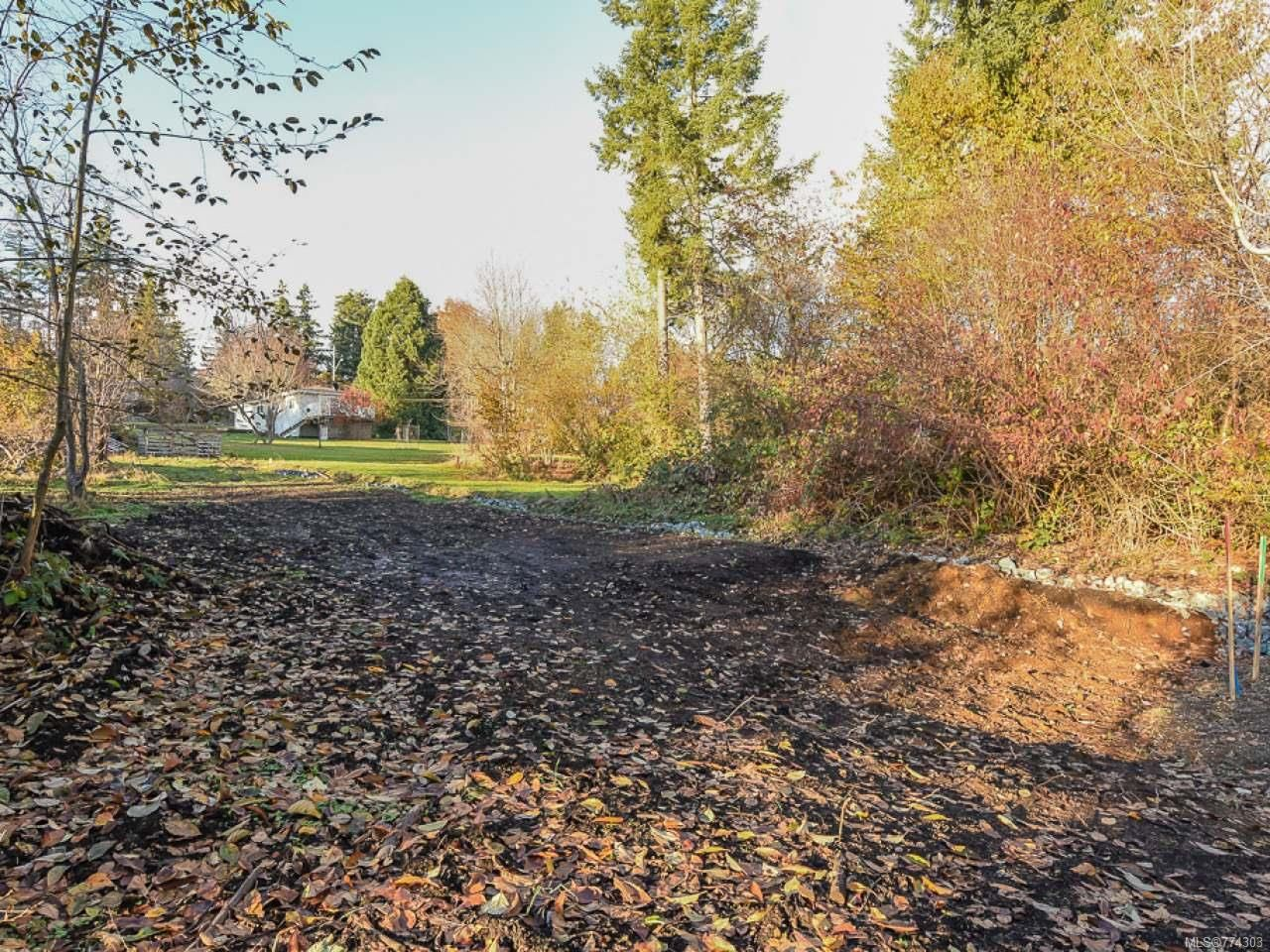 Main Photo: 1544 Dingwall Rd in COURTENAY: CV Courtenay East Land for sale (Comox Valley)  : MLS®# 774303