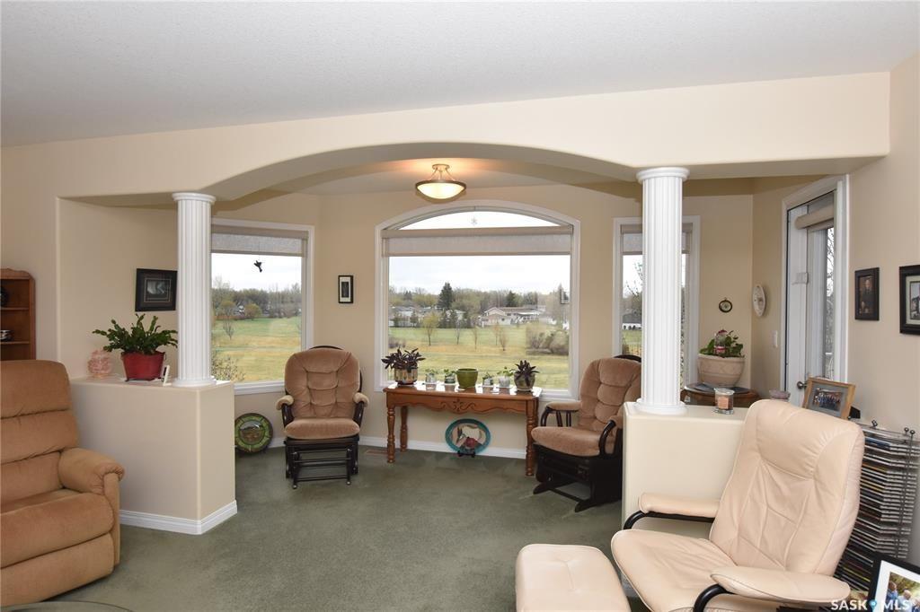 Main Photo: 304 4525 Marigold Drive in Regina: Garden Ridge Residential for sale : MLS®# SK808382
