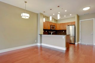 Photo 9: 216 45 Street NW in Montgomery Place: Apartment for sale : MLS®# C4018514