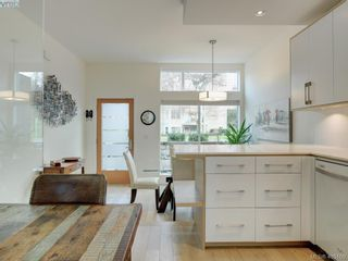 Photo 12: 403 Kingston St in VICTORIA: Vi James Bay Row/Townhouse for sale (Victoria)  : MLS®# 804968