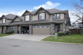 """Photo 1: 16 6577 SOUTHDOWNE Place in Chilliwack: Sardis East Vedder Rd Townhouse for sale in """"Harvest Square"""" (Sardis)  : MLS®# R2546355"""