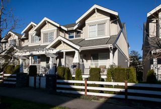 "Photo 1: 5 6568 193B Street in Surrey: Clayton Townhouse for sale in ""Belmont"" (Cloverdale)  : MLS®# R2052017"