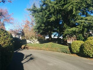 "Photo 16: 107 33401 MAYFAIR Avenue in Abbotsford: Central Abbotsford Condo for sale in ""MAYFAIR GARDENS"" : MLS®# F1402599"