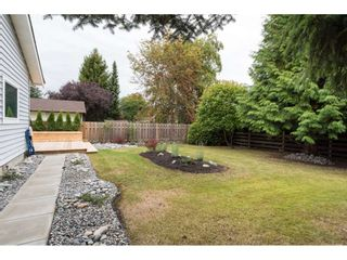 """Photo 19: 15417 19 Avenue in Surrey: King George Corridor House for sale in """"Bakerview"""" (South Surrey White Rock)  : MLS®# R2230397"""