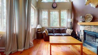 "Photo 3: 13495 LEE Road in Garden Bay: Pender Harbour Egmont House for sale in ""Daniel Point"" (Sunshine Coast)  : MLS®# R2497322"