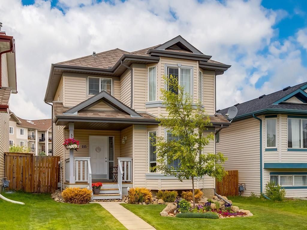 Welcome to your new home! This is a meticulously maintained 3 bedroom 4 bathroom 2 storey with over 1930 sq. ft. of living space. We have central air conditioning too, C'mon in!