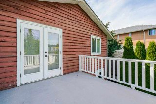 """Photo 18: 850 PARKER Street: White Rock House for sale in """"EAST BEACH"""" (South Surrey White Rock)  : MLS®# R2587340"""