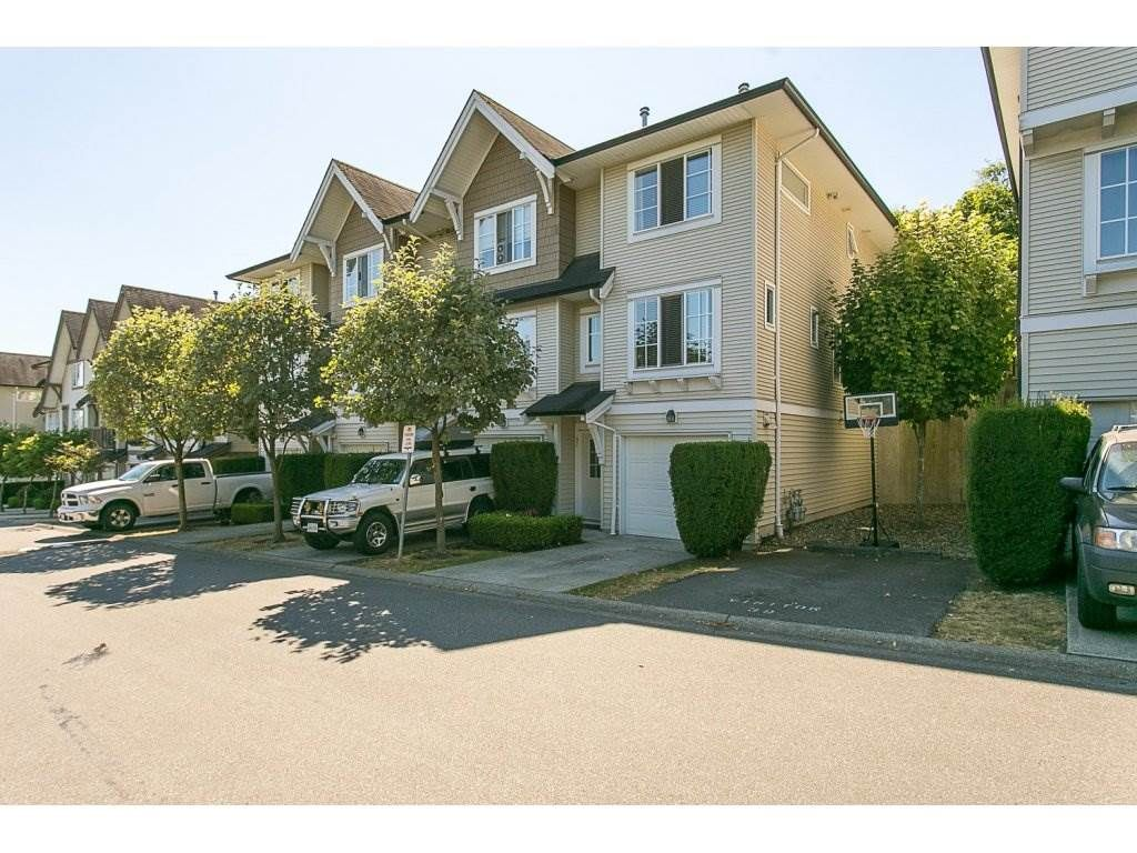 """Main Photo: 97 20540 66 Avenue in Langley: Willoughby Heights Townhouse for sale in """"Amberleigh"""" : MLS®# R2098835"""