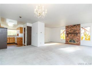 Photo 6: 911 Oliphant Ave in VICTORIA: Vi Fairfield West Row/Townhouse for sale (Victoria)  : MLS®# 711126