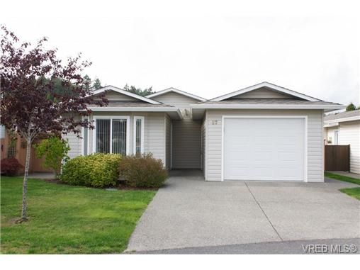 Main Photo: 57 7570 Tetayut Rd in SAANICHTON: CS Hawthorne Manufactured Home for sale (Central Saanich)  : MLS®# 652718