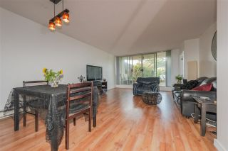 "Photo 3: 105 1045 QUAYSIDE Drive in New Westminster: Quay Condo for sale in ""QUAYSIDE TOWER 1"" : MLS®# R2392690"