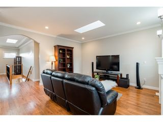 Photo 6: 26839 26 Avenue in Langley: Aldergrove Langley House for sale : MLS®# R2539841