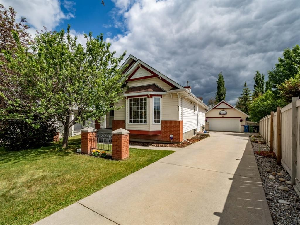 Main Photo: 29 Somerset Gate SW in Calgary: Somerset Detached for sale : MLS®# A1123677