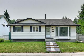 Main Photo: 659 Templeside Road NE in Calgary: Temple Detached for sale : MLS®# A1134389