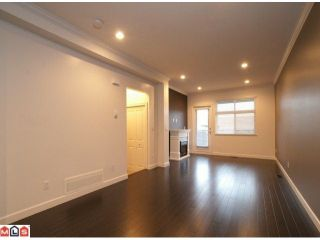 """Photo 2: 14 15192 62A Avenue in Surrey: Sullivan Station Townhouse for sale in """"ST. JAMES GATE"""" : MLS®# F1104157"""