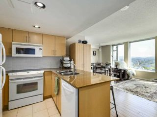 """Photo 6: 2307 550 TAYLOR Street in Vancouver: Downtown VW Condo for sale in """"TAYLOR"""" (Vancouver West)  : MLS®# R2590632"""