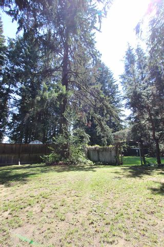 Photo 32: 4192/4196 South Ashe Crescent: Scotch Creek House for sale (North Shuswap)  : MLS®# 10200669