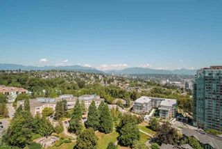 """Photo 2: 1803 280 ROSS Drive in New Westminster: Fraserview NW Condo for sale in """"THE CARLYLE"""" : MLS®# R2376749"""