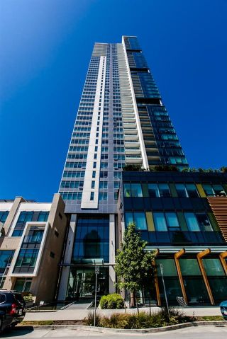 """Photo 2: 902 6461 TELFORD Avenue in Burnaby: Metrotown Condo for sale in """"METROPLACE"""" (Burnaby South)  : MLS®# R2064100"""