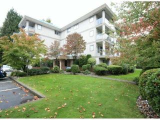 "Photo 1: 303 33090 GEORGE FERGUSON Way in Abbotsford: Central Abbotsford Condo for sale in ""Tiffany Place"" : MLS®# F1425343"