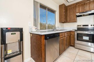 Photo 4: SANTEE House for sale : 3 bedrooms : 10392 Rochelle Ave
