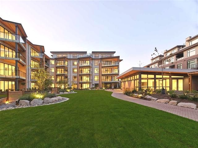 Main Photo: 113 300 SALTER STREET in New Westminster: Queensborough Condo for sale