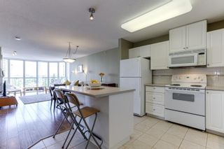 """Photo 12: 802 612 SIXTH Street in New Westminster: Uptown NW Condo for sale in """"The Woodward"""" : MLS®# R2596362"""