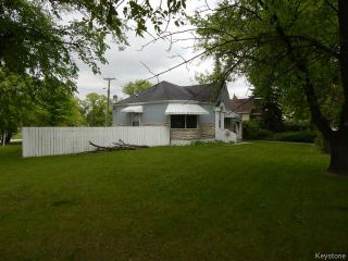 Photo 3: 1049 Manahan Avenue in WINNIPEG: Manitoba Other Residential for sale : MLS®# 1514525