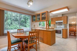 """Photo 13: 4722 UNDERWOOD Avenue in North Vancouver: Lynn Valley House for sale in """"Timber Ridge"""" : MLS®# R2401489"""