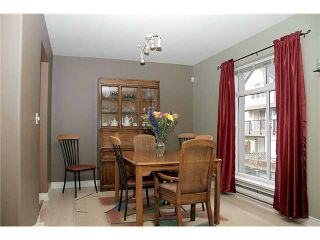 Photo 3: 17 2538 PITT RIVER Road in Port Coquitlam: Mary Hill Townhouse for sale : MLS®# V881869