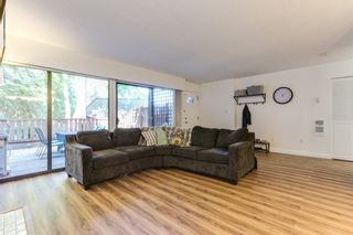 """Photo 4: 9899 MILLBROOK Lane in Burnaby: Cariboo Townhouse for sale in """"VILLAGE DEL PONTE"""" (Burnaby North)  : MLS®# R2372702"""