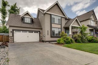 """Photo 1: 32678 GREENE Place in Mission: Mission BC House for sale in """"TUNBRIDGE STATION"""" : MLS®# R2388077"""