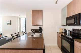 """Photo 4: 1610 977 MAINLAND Street in Vancouver: Yaletown Condo for sale in """"Yaletown Park 3"""" (Vancouver West)  : MLS®# R2579634"""