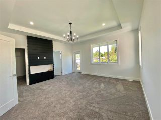 """Photo 11: 8365 BREAKEY Street in Mission: Mission BC House for sale in """"WEST HEIGHTS-WEST OF CEDAR"""" : MLS®# R2583454"""