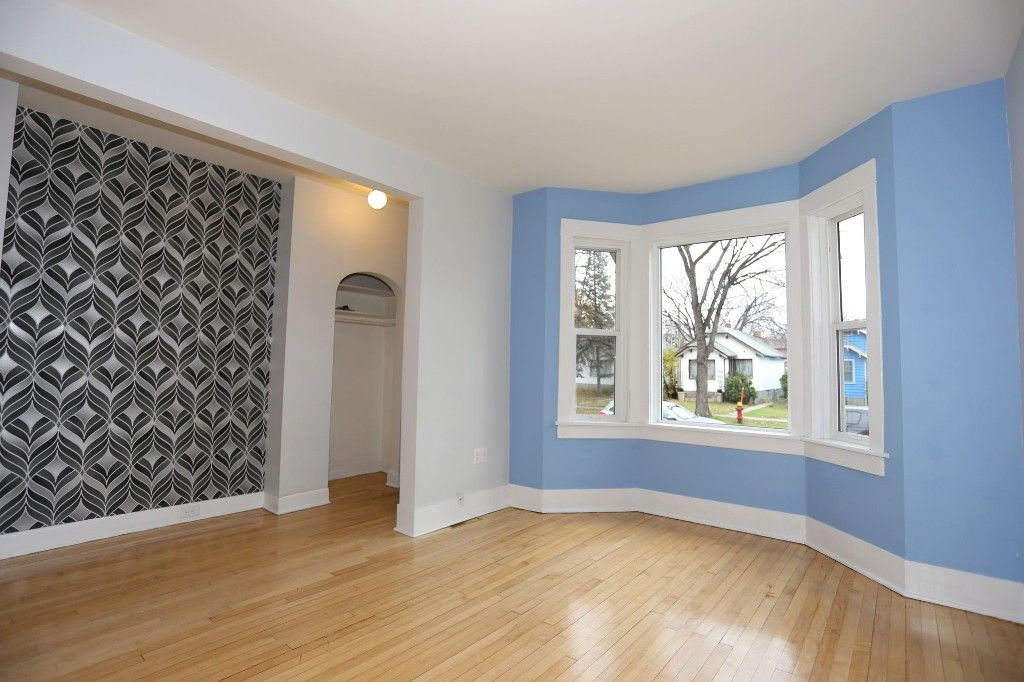 Photo 4: Photos: 626 Greenwood Place in Winnipeg: West End Duplex for sale (5C)  : MLS®# 1728014