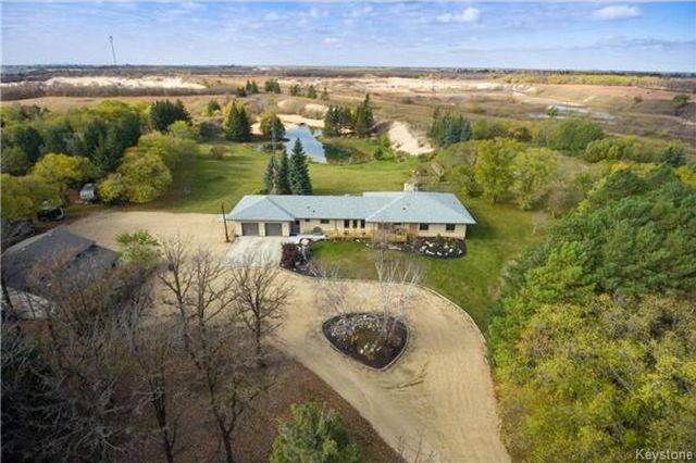 Main Photo: 67048 Vernon Road in Springfield: Birds Hill Park Residential for sale (R04)
