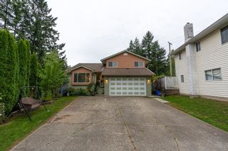 Photo 2: 19609 WAKEFIELD Drive in Langley: Willoughby Heights House for sale : MLS®# R2622964
