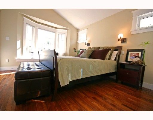 Photo 8: Photos: 3530 W 5TH Avenue in Vancouver: Kitsilano 1/2 Duplex for sale (Vancouver West)  : MLS®# V701973