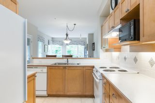 """Photo 14: 203 6198 ASH Street in Vancouver: Oakridge VW Condo for sale in """"The Grove 6198 Ash"""" (Vancouver West)  : MLS®# R2614969"""