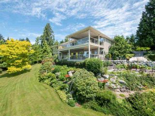 Photo 2: 377 HARRY Road in Gibsons: Gibsons & Area House for sale (Sunshine Coast)  : MLS®# R2480718