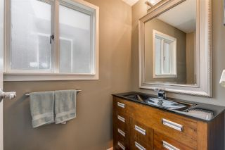 Photo 4: 1967 CEDAR VILLAGE Crescent in North Vancouver: Westlynn Townhouse for sale : MLS®# R2355818