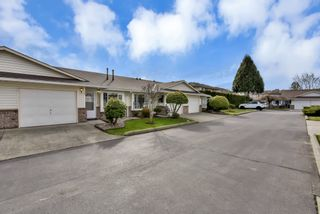 """Photo 1: 10 18960 ADVENT Road in Pitt Meadows: Central Meadows Townhouse for sale in """"MEADOWLAND VILLAGE"""" : MLS®# R2545154"""