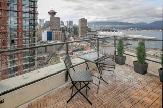 """Photo 8: 2309 108 W CORDOVA Street in Vancouver: Downtown VW Condo for sale in """"WOODWARDS W32"""" (Vancouver West)  : MLS®# R2146313"""