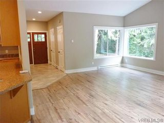 Photo 8: 2467 Kemp Lake Rd in SOOKE: Sk Kemp Lake House for sale (Sooke)  : MLS®# 607938
