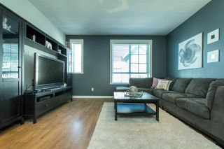 """Photo 12: 53 8438 207A Street in Langley: Willoughby Heights Townhouse for sale in """"YORK By Mosaic"""" : MLS®# R2201885"""