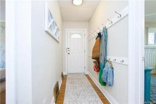 Photo 2: 825 Sherburn Street in Winnipeg: West End Residential for sale (5C)  : MLS®# 1714492