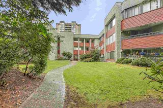 "Photo 17: 210 9270 SALISH Court in Burnaby: Sullivan Heights Condo for sale in ""The Timbers"" (Burnaby North)  : MLS®# R2405886"