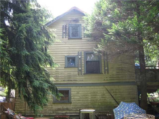 Photo 4: Photos: 2130 ST JOHNS ST in Port Moody: Port Moody Centre House for sale : MLS®# V1012832