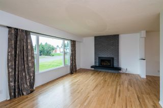 Photo 8: 689 SUMMIT Street in Prince George: Lakewood House for sale (PG City West (Zone 71))  : MLS®# R2371076