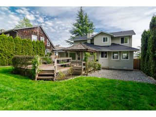 Photo 35: 18253 57A Avenue in Surrey: Cloverdale BC House for sale (Cloverdale)  : MLS®# R2163180